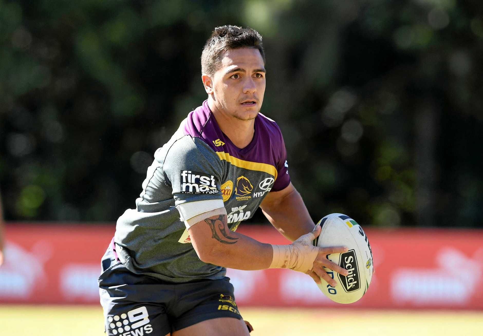 Kodi Nikorima during a Brisbane Broncos training session in Brisbane, Tuesday, August 8, 2017. (AAP Image/Dave Hunt) NO ARCHIVING