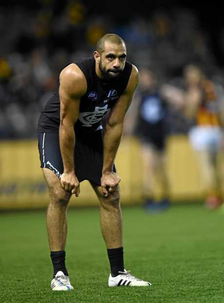 Chris Yarran playing for the Blues against Hawthorn in 2015.