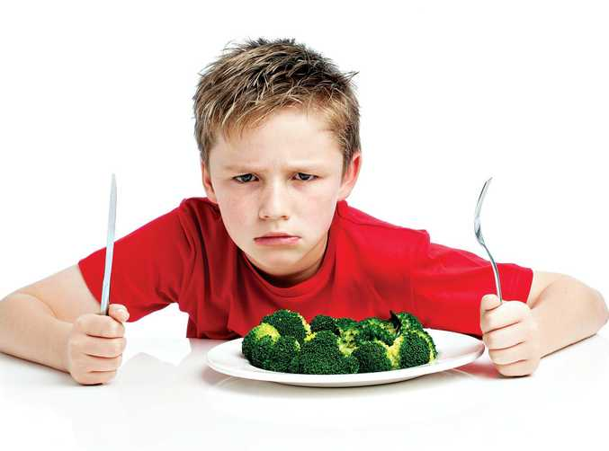 There are a number of ways parents can deal with children who will not eat their vegetables.