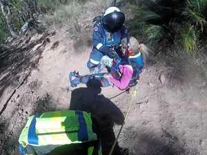 Dramatic air rescue after Mt Larcom bushwalker's foot 'pops'