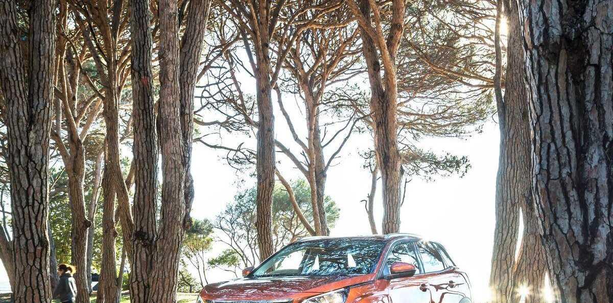 Peugeot 3008 motoring cover