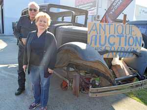 Archie and Julie Mann open their warehouse of antiques for an auction.