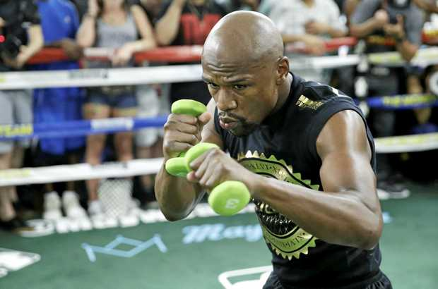 Floyd Mayweather Jr. trains at his gym Thursday, Aug. 10, 2017, in Las Vegas. Mayweather is scheduled to fight Conor McGregor on Aug. 26 in Las Vegas. (AP Photo/John Locher)