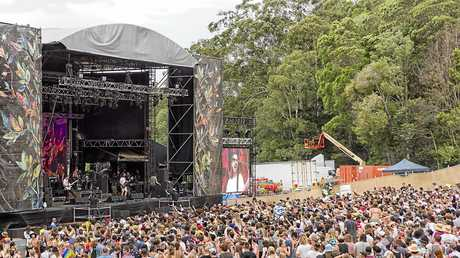 Falls Festival crwod shot at main stage. Photo: Niche Pictures - Lyn McCarthy