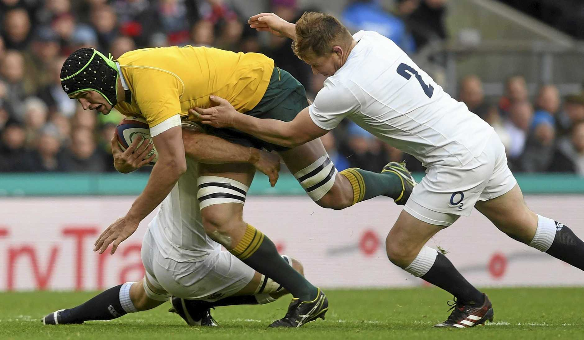 Rob Simmons has earned a shock recall to the Wallabies team.