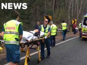 Tour bus crash injures 19