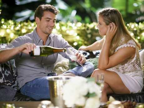 Elise Stacy and Matt J enjoy their first one-on-one date in Episode 9 of The Bachelor.