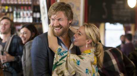 Alexander England and Asher Keddie in a scene from the season 7 finale of Offspring.