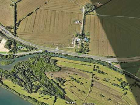 A Google map aerial showing Boyds Channell, off Tweed River at the Pacific Highway near Chinderah.