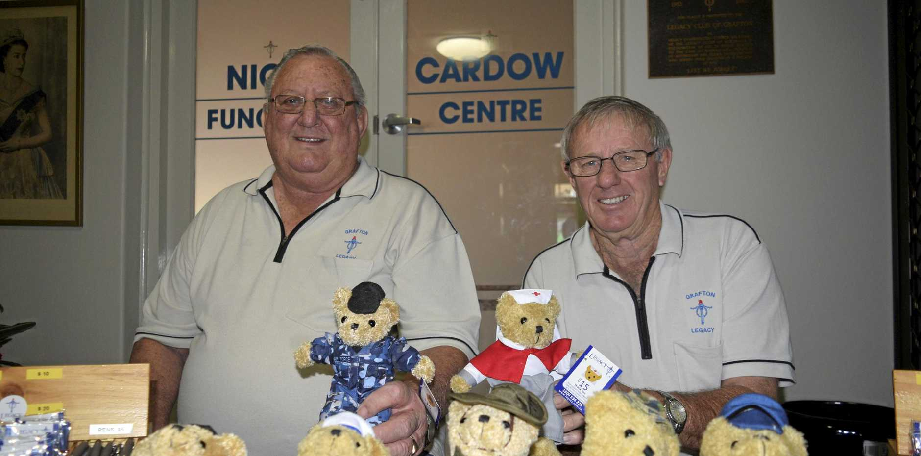LEGACY WEEK: Grafton Legacy appeals chairman Ron Shoebridge and treasurer Bob McFarlane at the Legacy stall.