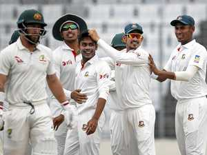 Aussies battling to avoid Bangladesh embarrassment