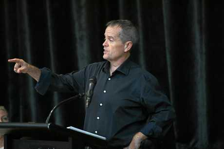 COMMUNITY CATCH-UP: Opposition leader Bill Shorten in Bundy.