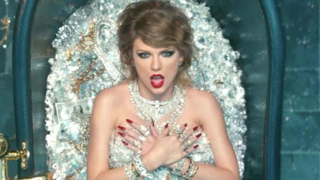 Taylor Swift used real diamonds in an extravagant scene from her new music video.