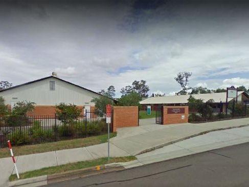 Ashtonfield public school exterior.