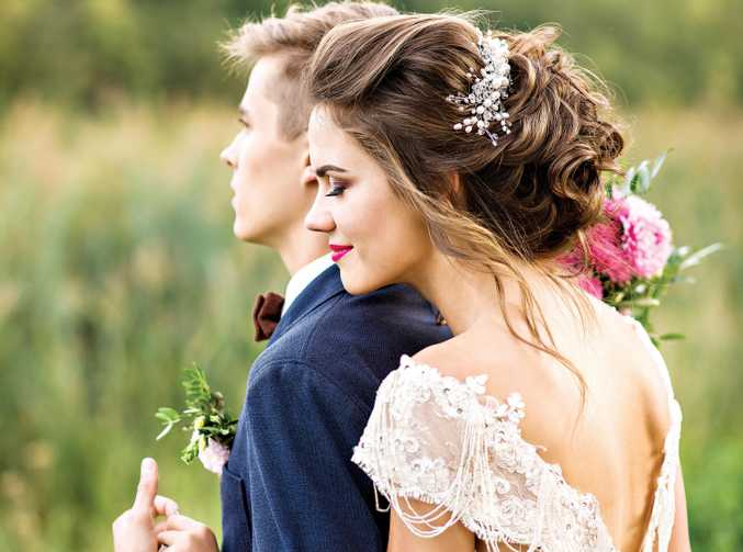 A great wedding day does not have to hit the hip pocket too much.