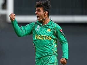 Heat signs up young Pakistan spin sensation