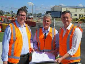 Transport minister inspects Glenella roadworks