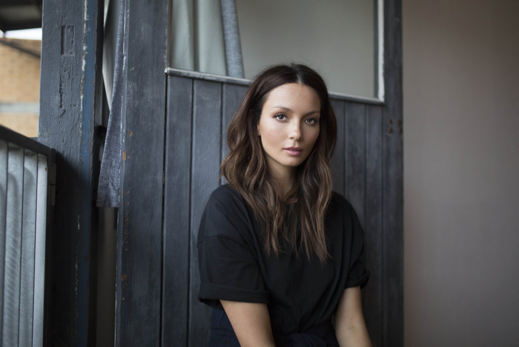 Ricki-Lee Coulter has stripped back for powerful new single Not Too Late.