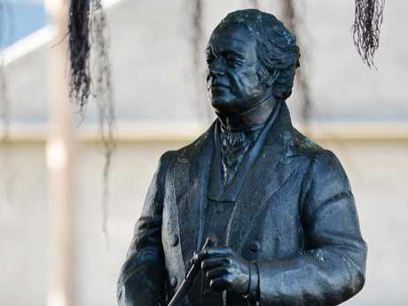 "Townsville's Mayor says no one has raised concerns with her over the Robert Towns statue, despite the city founder's link to ""blackbirding""."