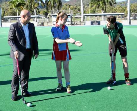 Queensland Treasurer Curtis Pitt and Rockhampton hockey players Kiara McKay and Matt Langsdorf talk all things hockey at Kalka Shades.