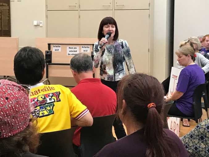 GREENS Senator Rachel Siewert has spoken in front of a crowd of people at Hervey Bay Community Centre, sharing her concerns about the cashless welfare card.