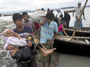 60,000 refugees flee ethnic 'genocide' in Burma