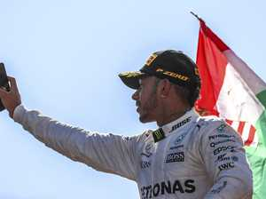 Hamilton jeered after Formula 1 win in Monza