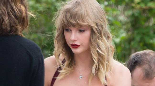 Taylor Swift has come out of hiding for her friend's wedding in the US. Picture: Splash News Source:Supplied