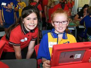 Maryborough students teaching each other