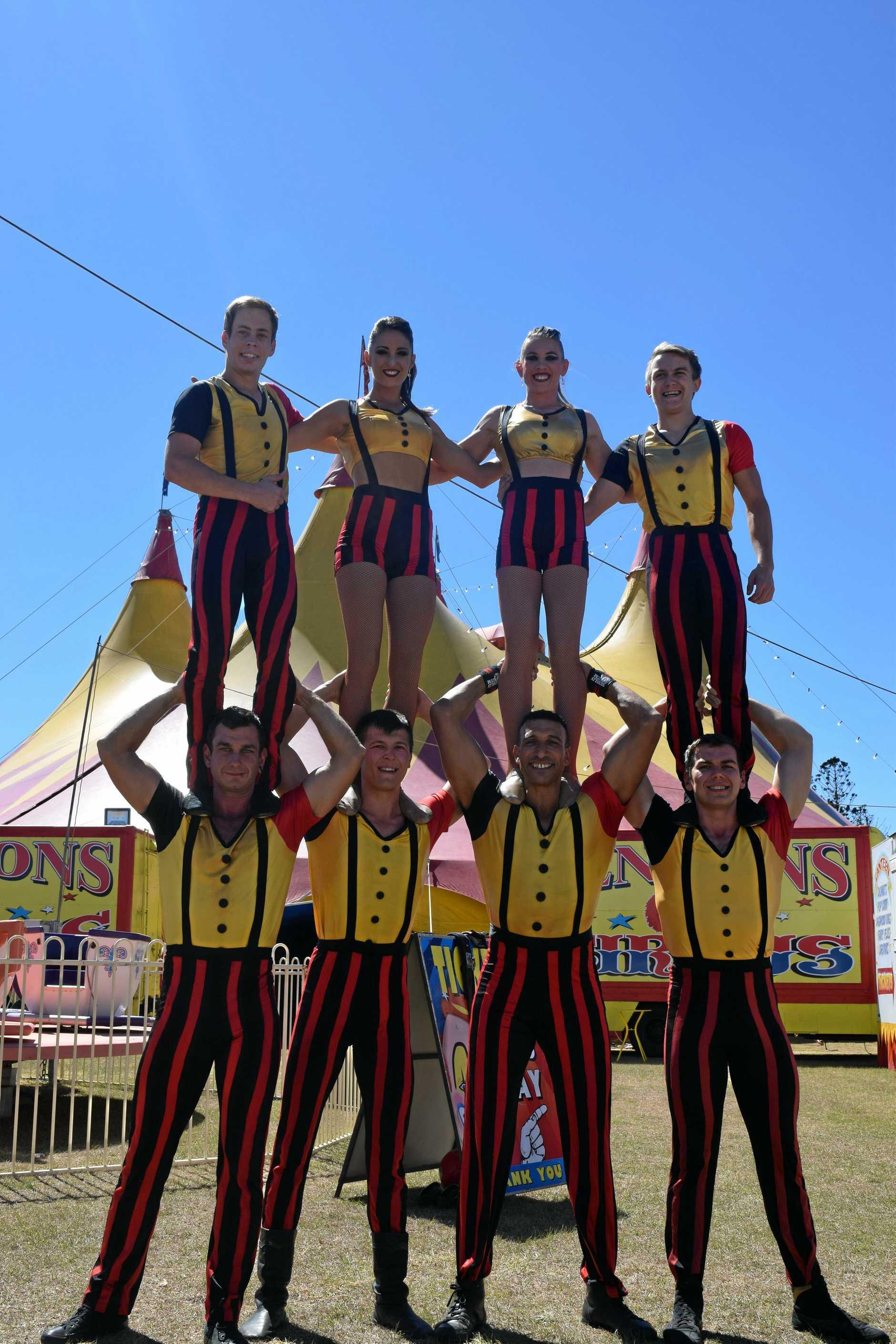 Lennon Bros Circus Russian teeterboard members: Konstantin Gorbunov, Cassie Milard, Ali Dabros, Andrey Charikov, Matt Baker, Rushat Poleschuk, Mohamed Jratlous and Alexey Ivannikov.