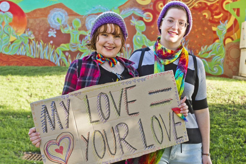 ( From left ) Ash Hamill and Vanessa Chapman join the March for Marriage Equality in Toowoomba. Friday, 8th, Sep, 2017.
