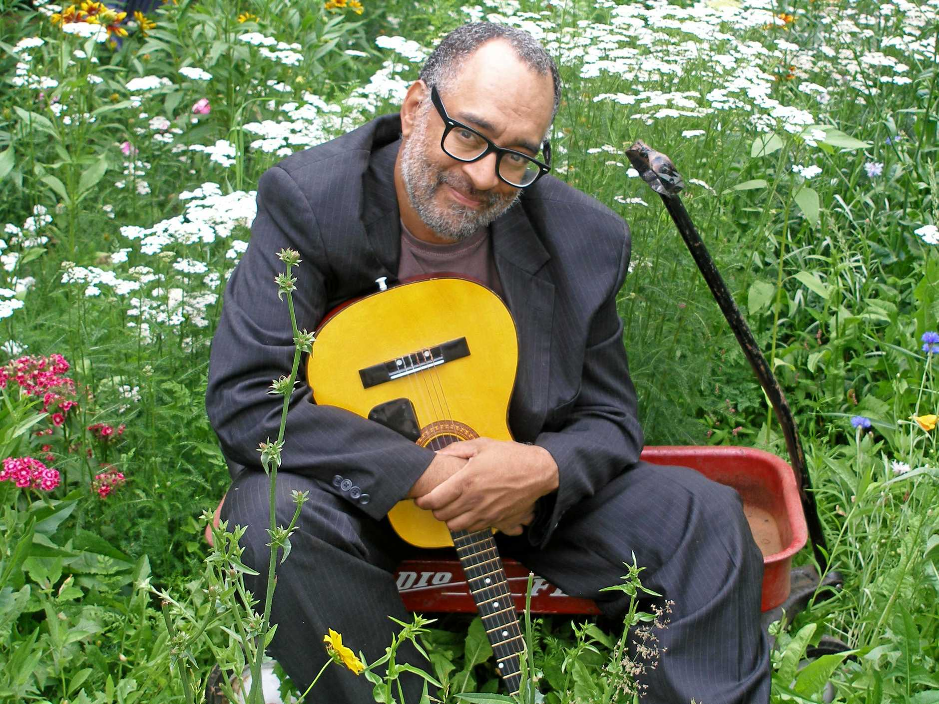 Vance Gilbert has released twelve albums since bursting onto the New York singer/songwriter scene in the nineties. His work is an ongoing commitment to traditional folk storytelling, yet remains true to his jazz roots. He can count opening for soul legend Aretha Franklin among his many achievements.