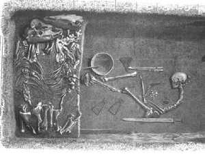 'Quite unusual': Huge discovery in Viking's skeleton