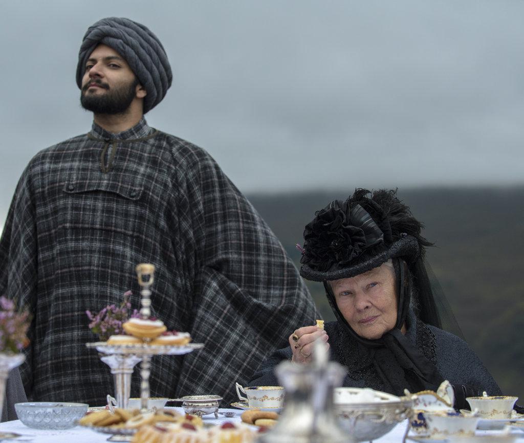 Ali Fazal and Judi Dench in a scene from the movie Victoria and Abdul.