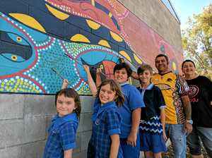 Watch Grantham's newest mural receive final touches