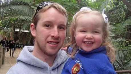 Hero dad Shaun Oliver, 32. Picture: Facebook