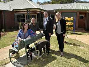 New garden and pet help city's dementia sufferers