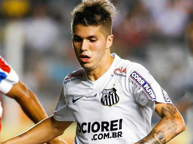Patito Rodriguez (right) in action for Santos in 2014.