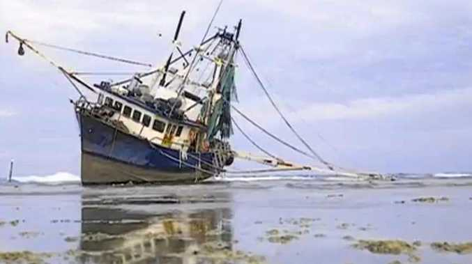 STUCK: Marine authorities are developing a plan to remove a fishing trawler from Lady Musgrave Island.