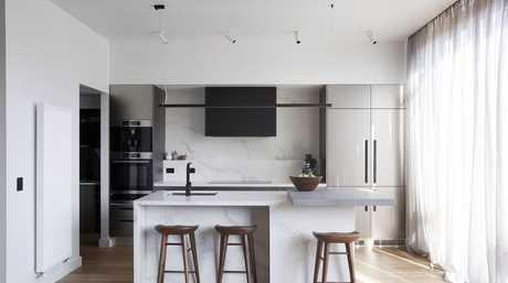 Jason and Sarah's kitchen.