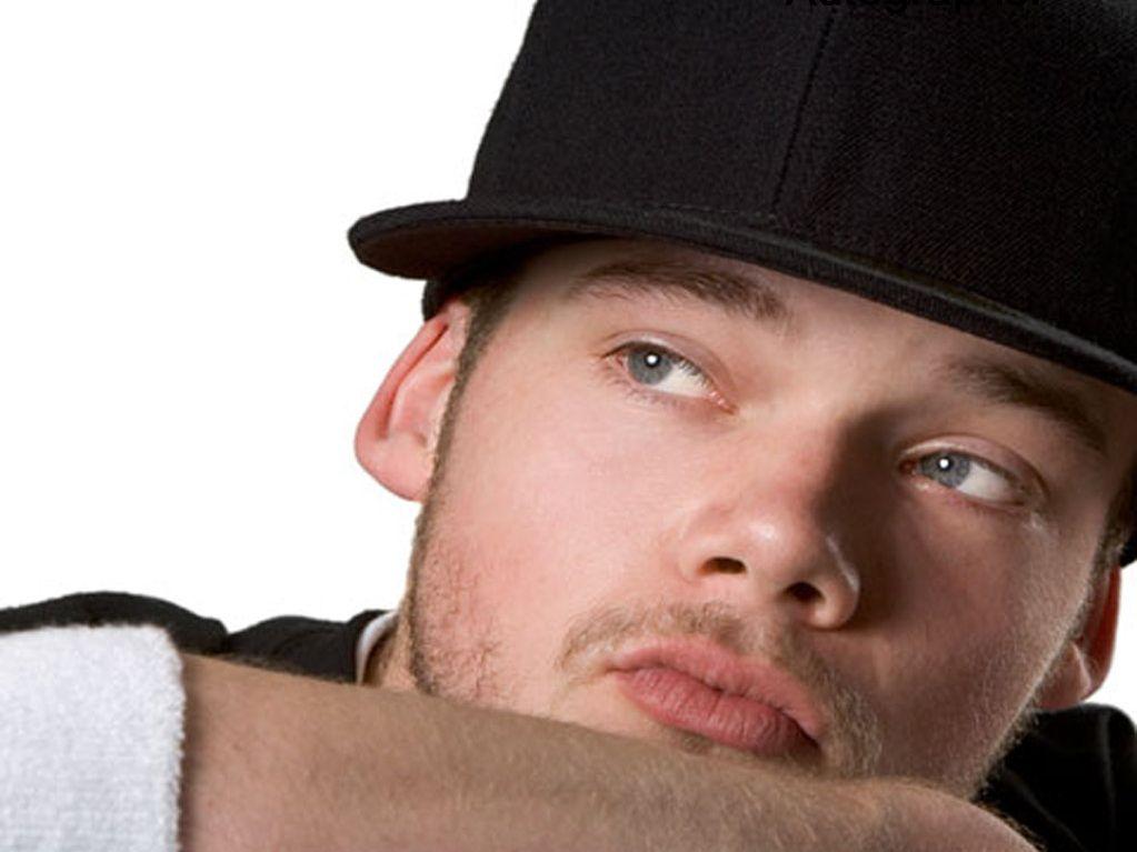 Joel Turner was featured on the 2003 series of Australian Idol.