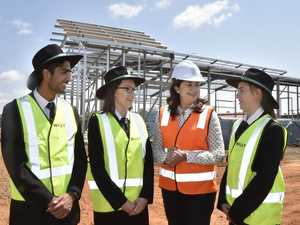 Premier visits school construction site