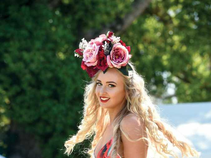 Janaya Everingham competing in the Fashions on the FIeld at the Lismore Cup 2017.