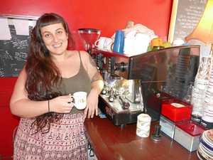 Closure of popular cafe stirs emotion