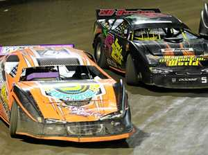 Speedway: Super Sedans Matt Williams and Craig Shaw.