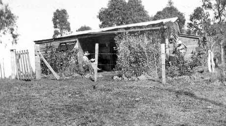 Tutt family residence The Camp on the Bluff, Kenilworth, ca 1930.