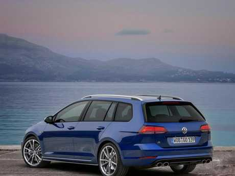 Vw Golf R Wagon 2017 2018 Model Shown Picture Supplied