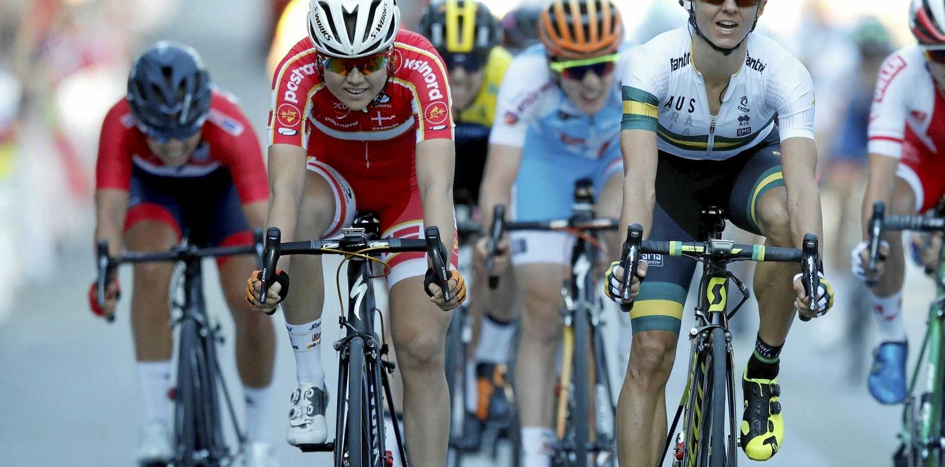 Katrin Garfoot (right) wins silver in women's wold championship road race in Norway.