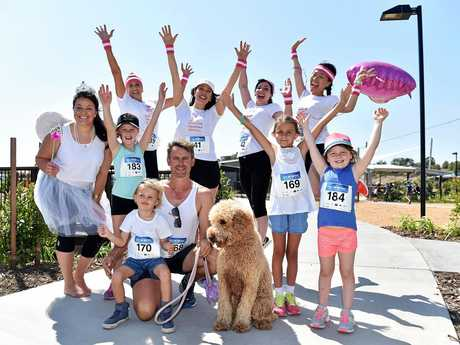 Violet Hanley, with the Carson family - Steve, Willow, 7, Smith, 3, and Pippa, 5, plus (back) the Yandina Dental team.