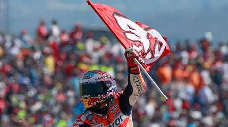 Marquez does a victory lap